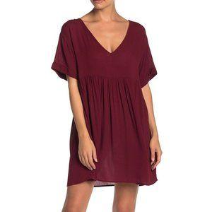 NEW Hiatus Red Short Sleeve Shift Dress